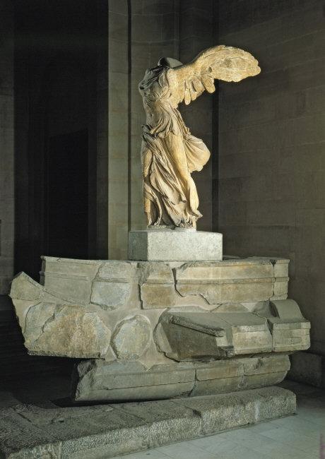 Greek Art / Sculpture I: Nike of Samothrace and Aphrodite ...